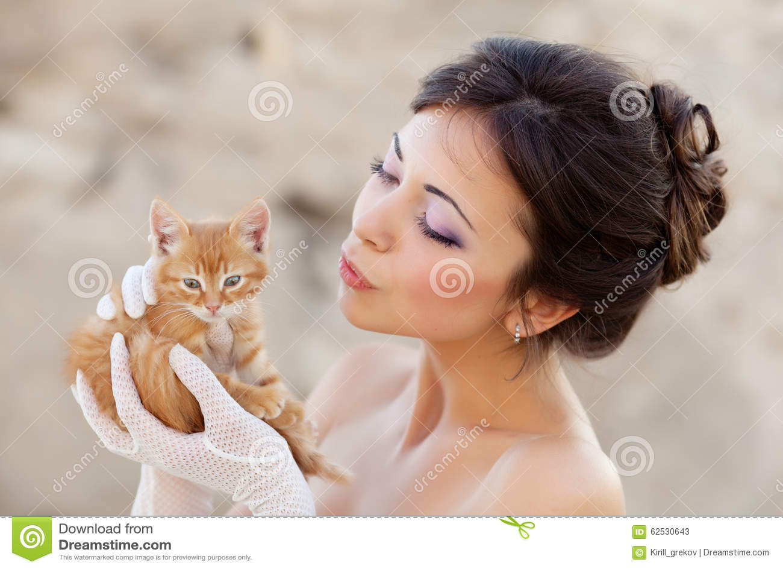 有小猫的新娘