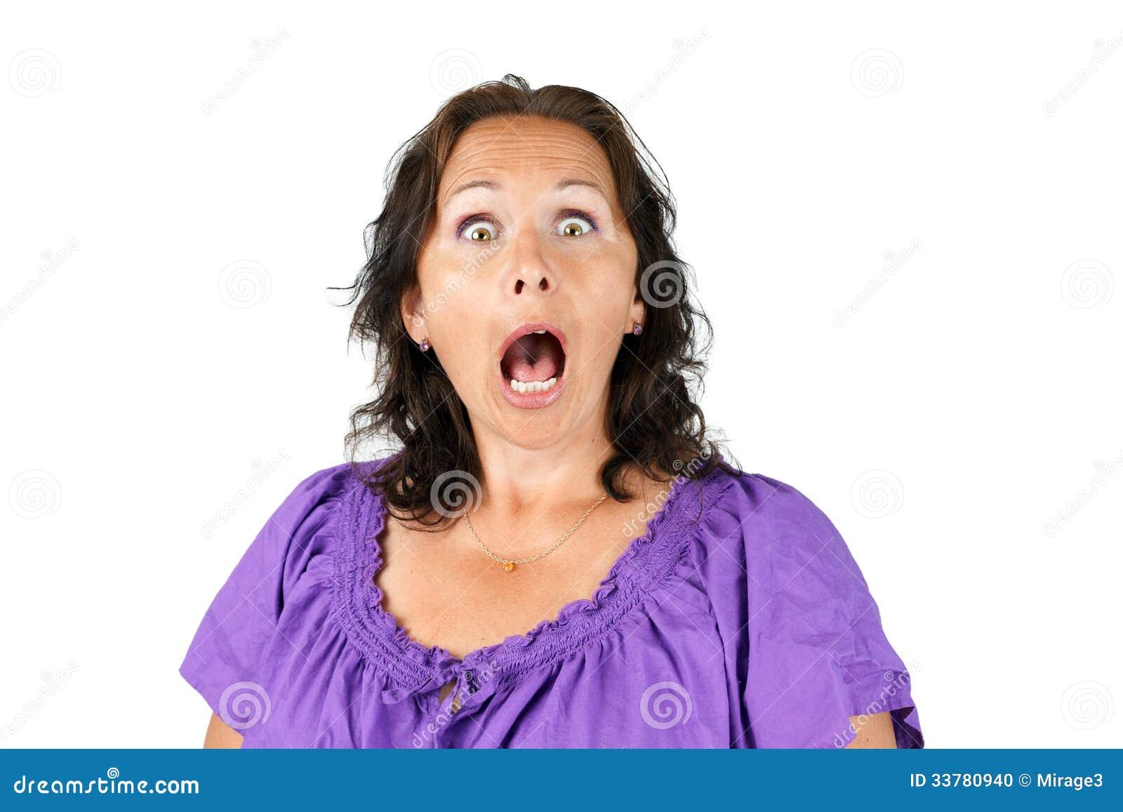 有开放嘴的震惊妇女