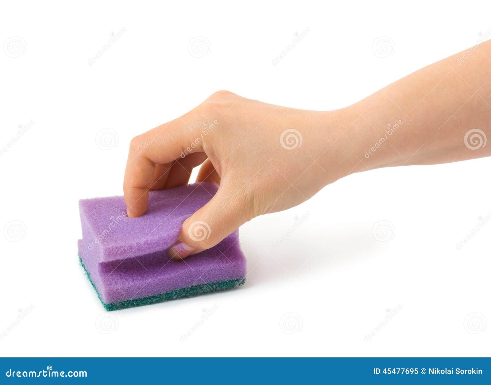 有清洁海绵的手