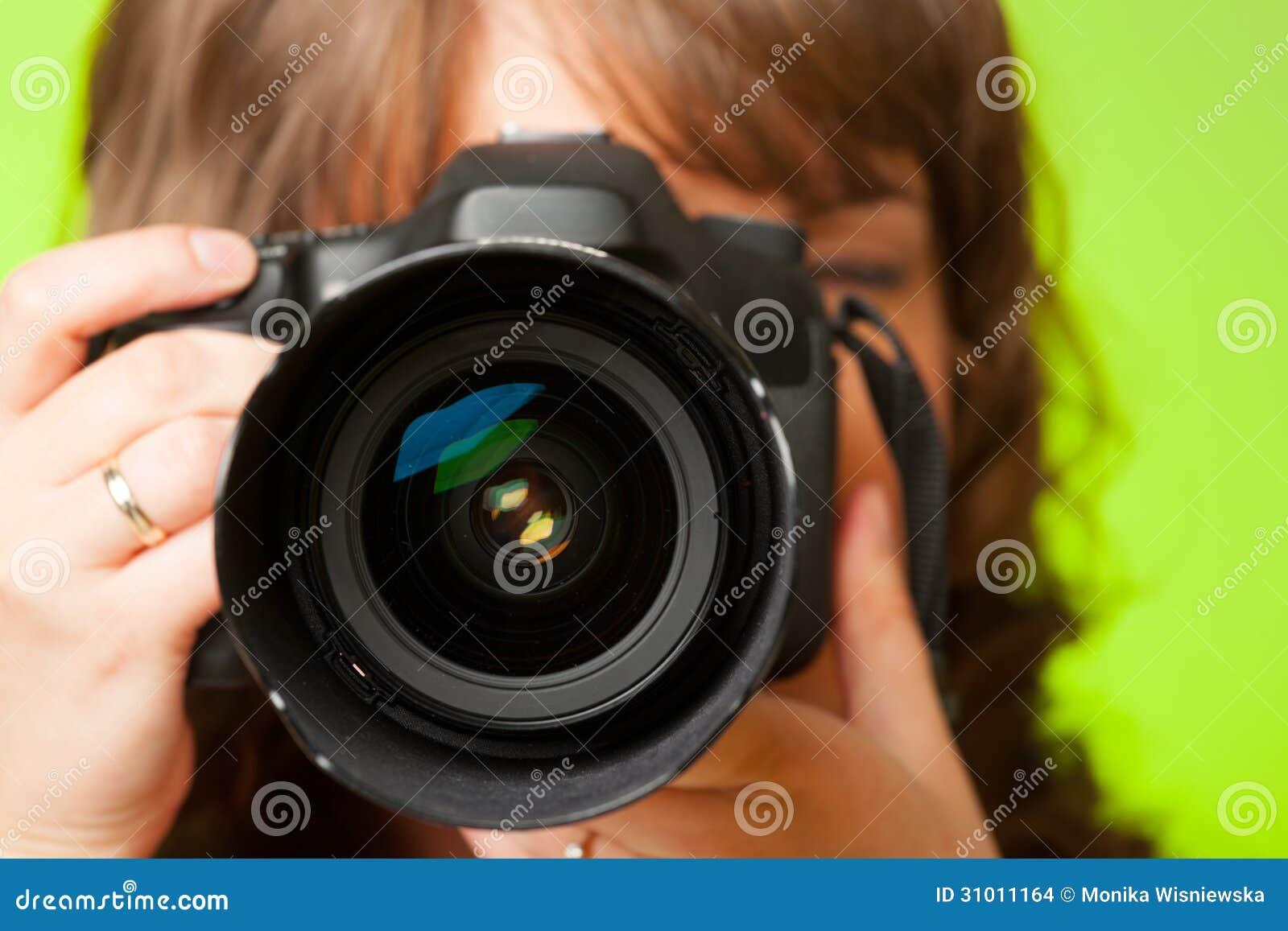 有照相机的摄影师