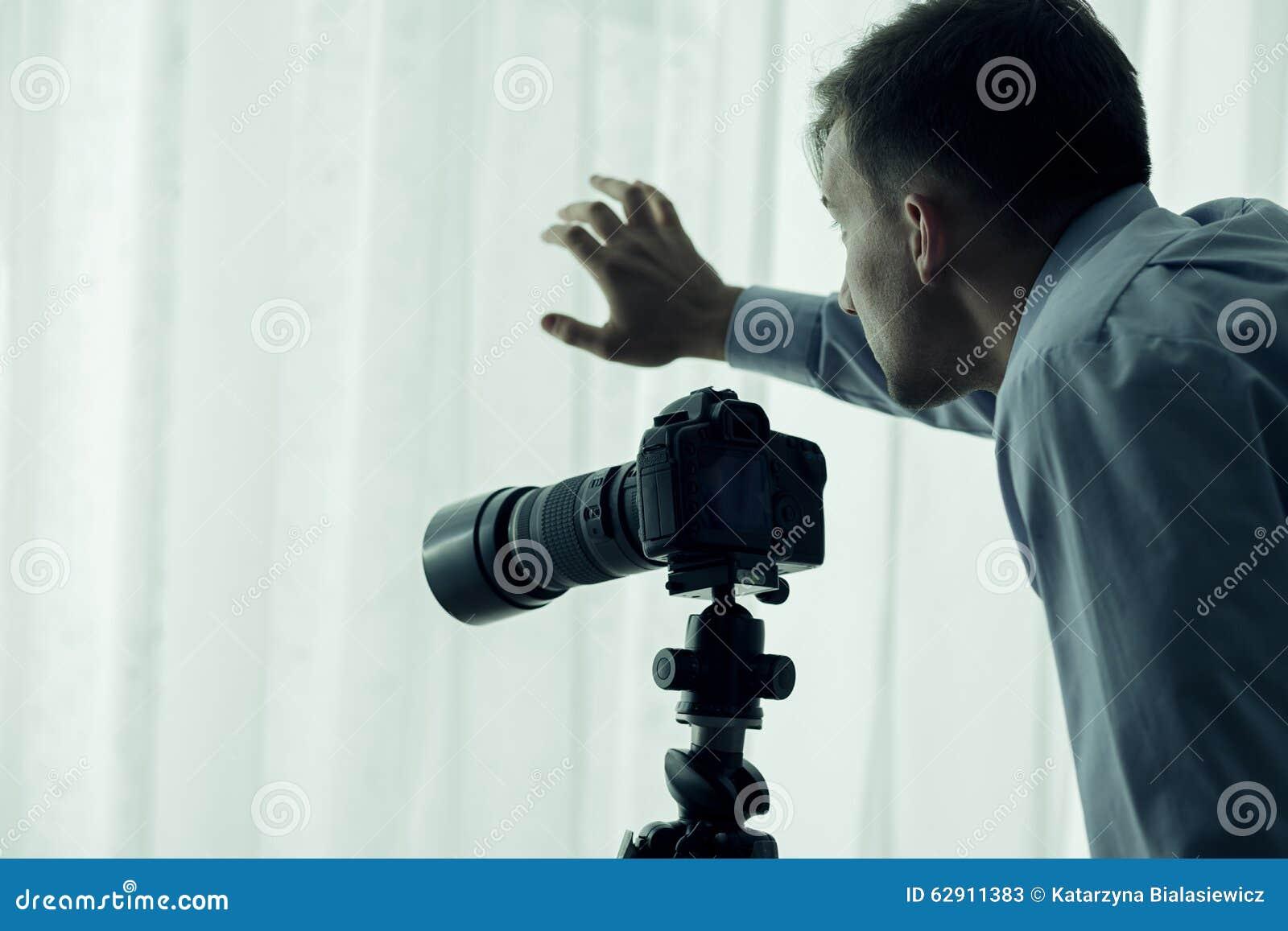 有照相机的无固定职业的摄影师