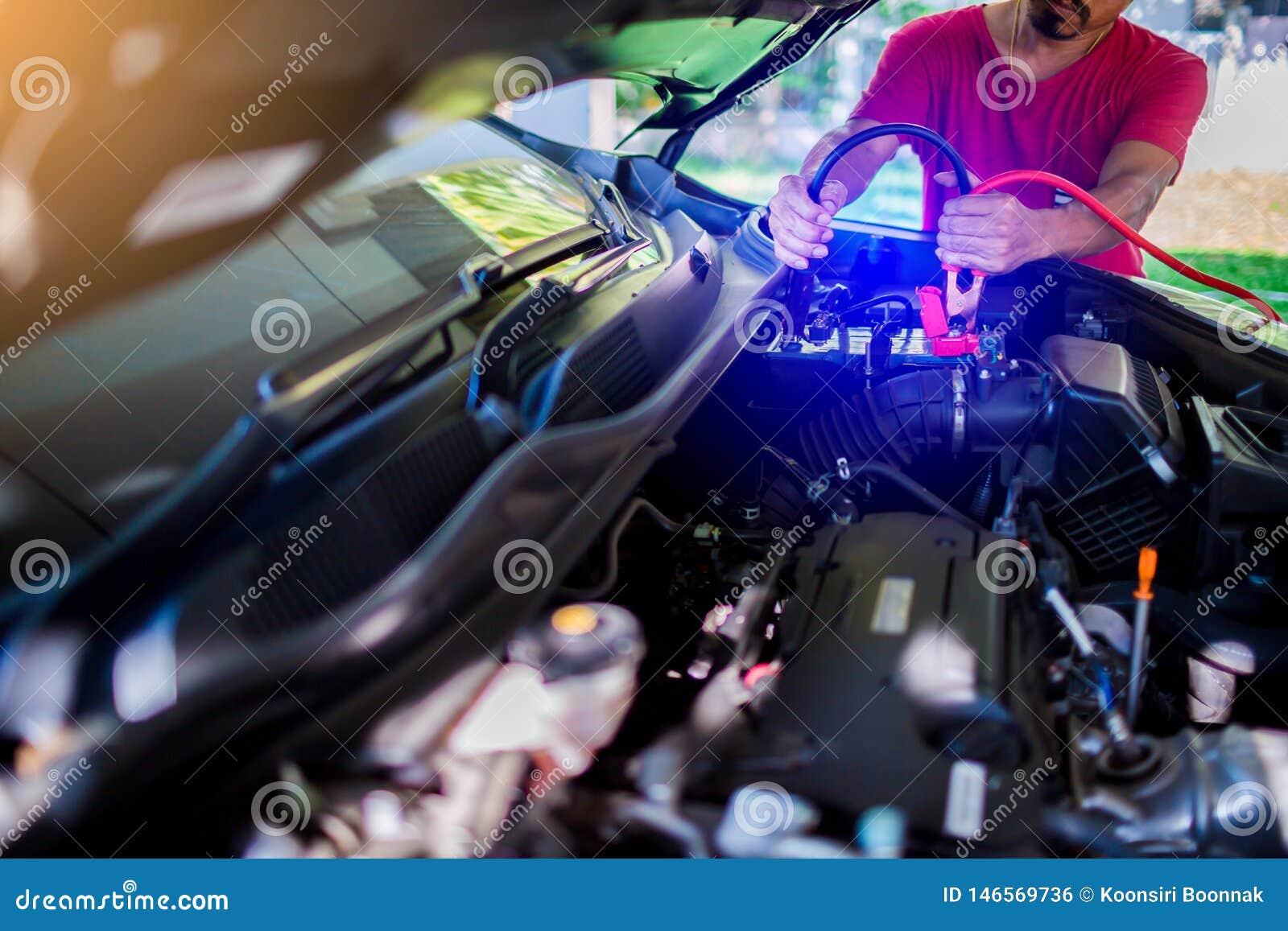 有电低谷缆绳的选择聚焦充电的汽车