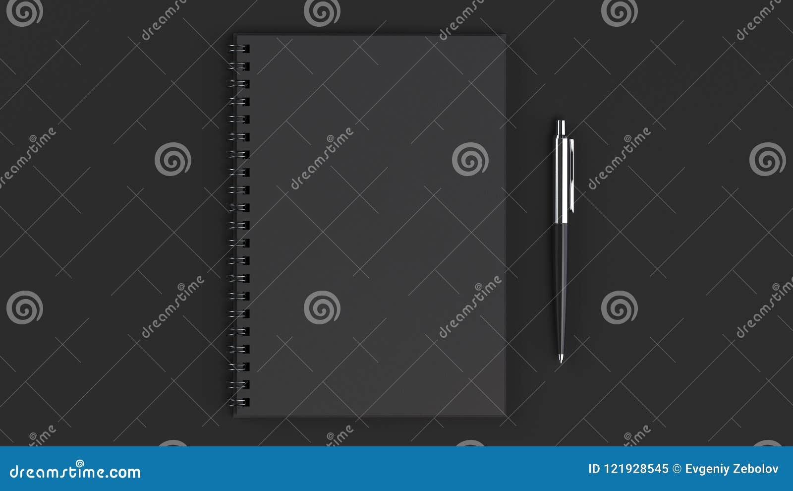 有笔的空白的笔记本在桌上