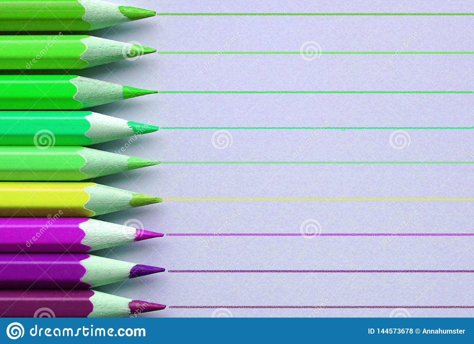 有线的明亮的铅笔在背景