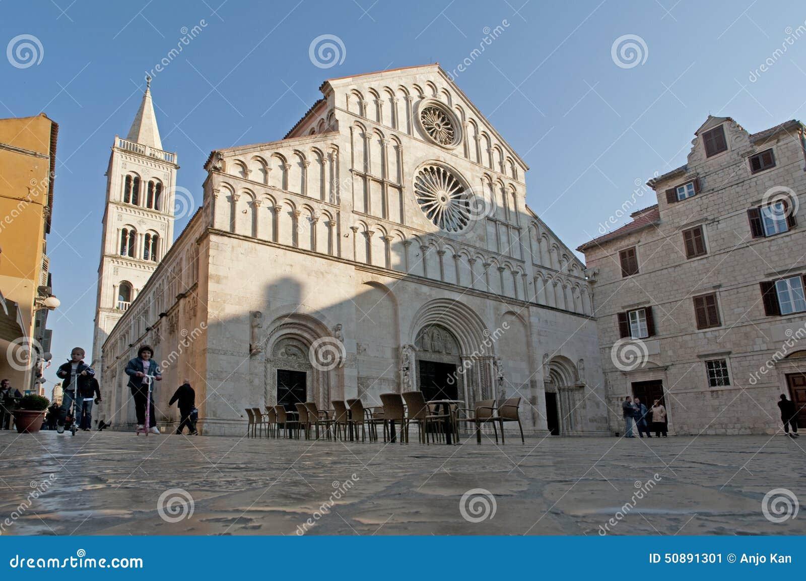 有罗马式建筑学的,扎达尔,克罗地亚威尼斯式老教会.图片