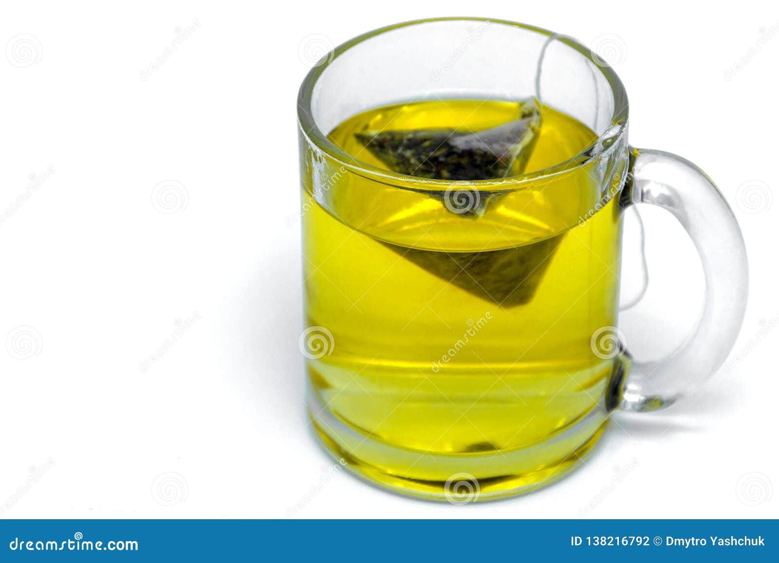 有茶袋的,绿茶玻璃杯子 笤帚查出的白色