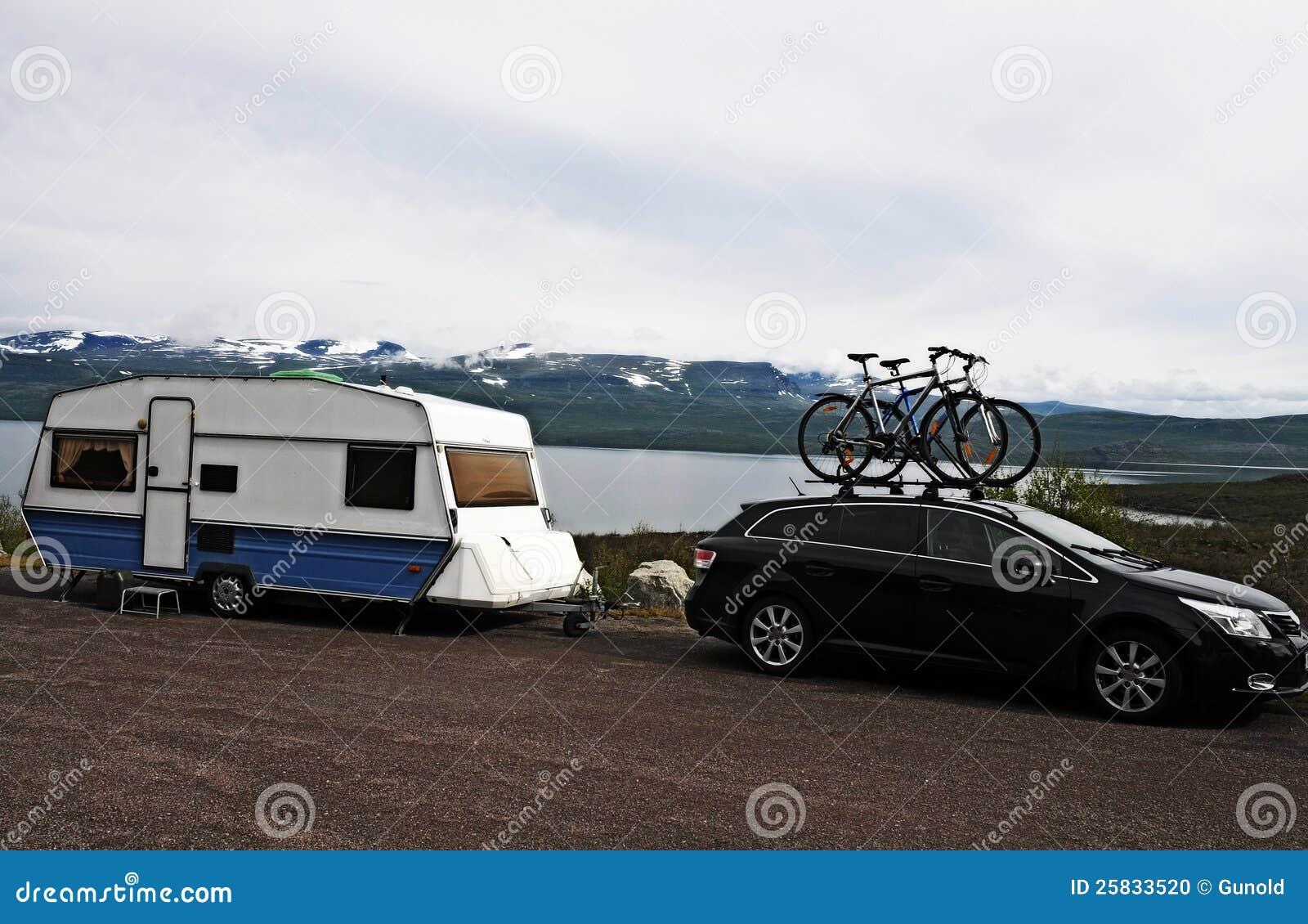 有蓬卡车节假日