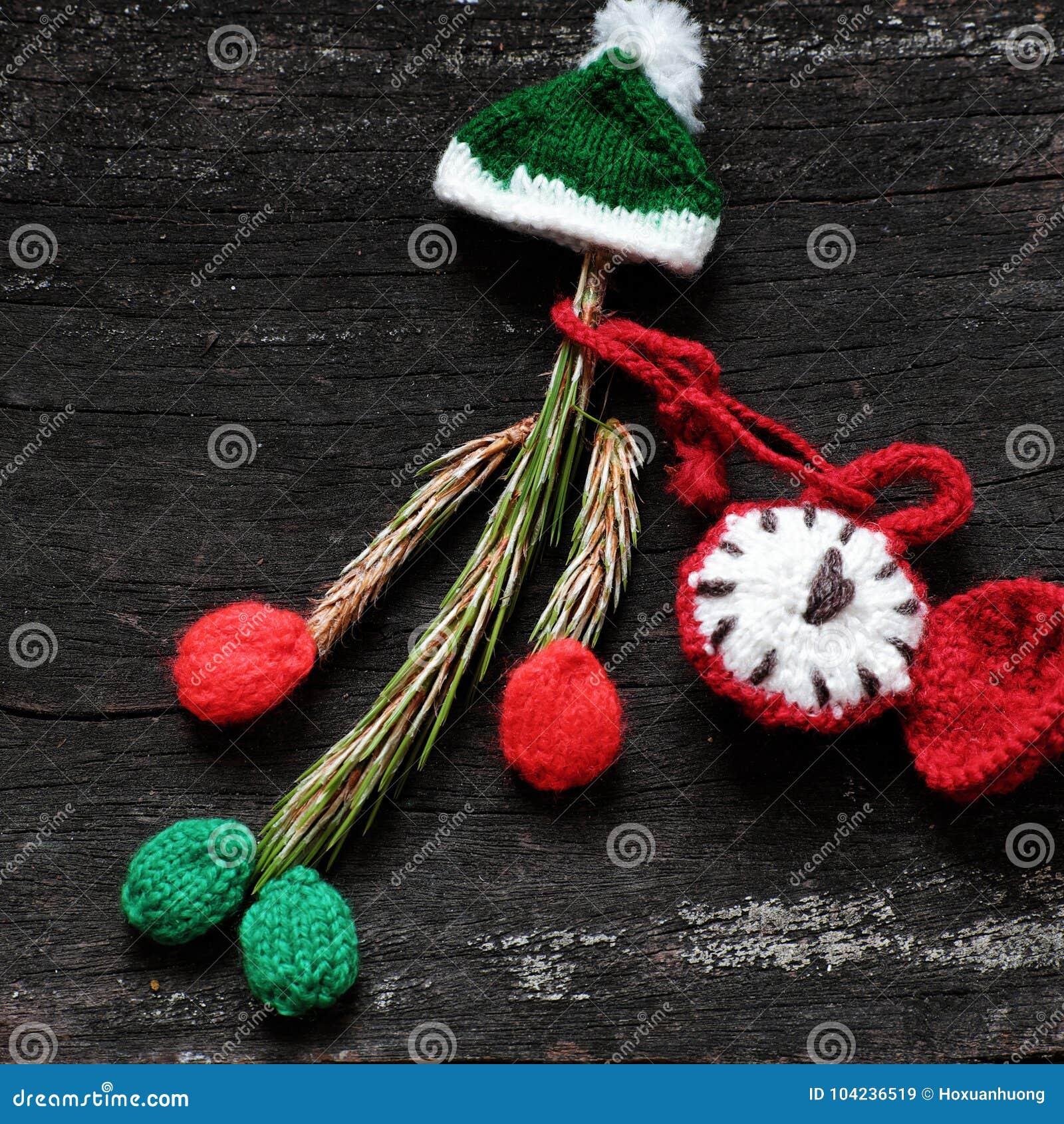 有被编织的帽子的圣诞节小丑