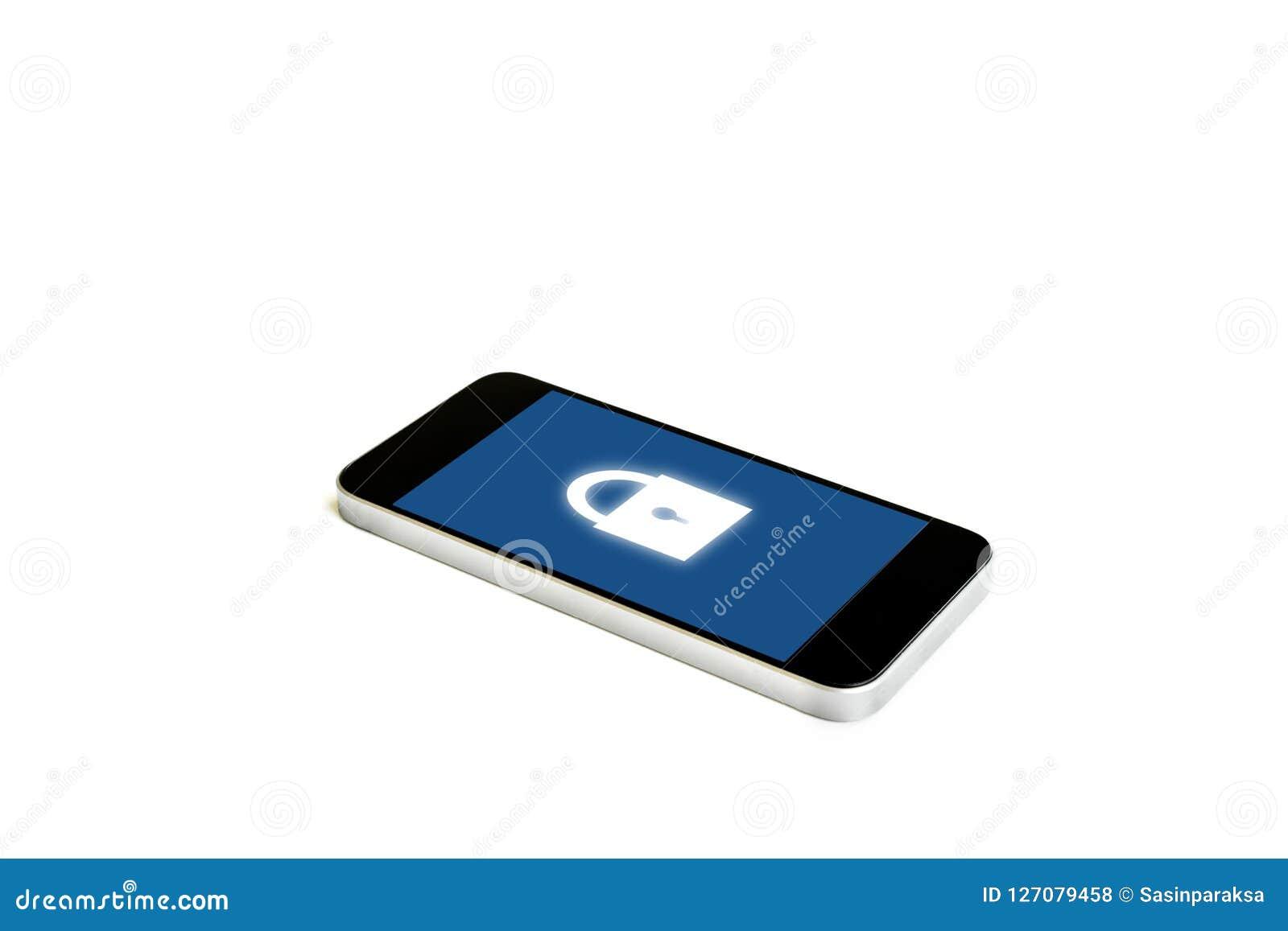 有锁象的流动巧妙的电话在屏幕上,隔绝在白色背景 互联网安全和流动保安系统技术