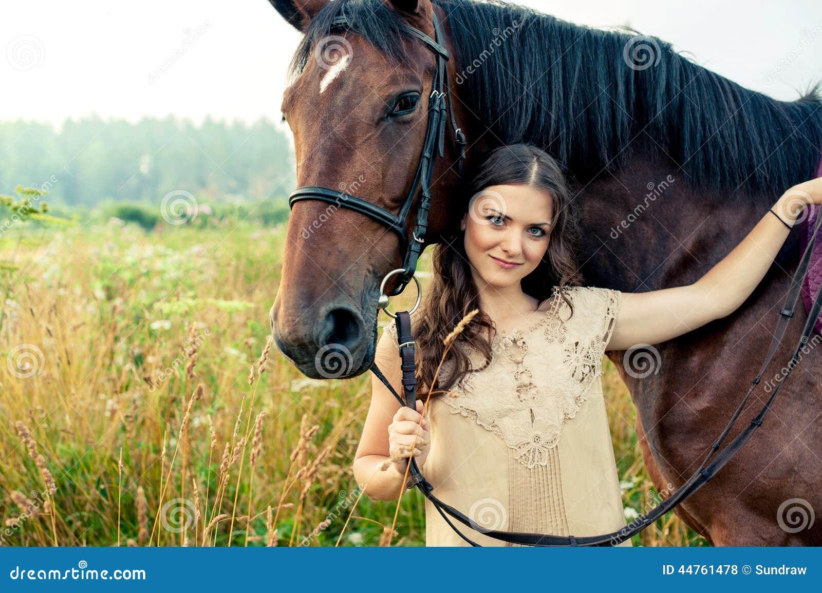 Frau Lutscht Pferdepenis