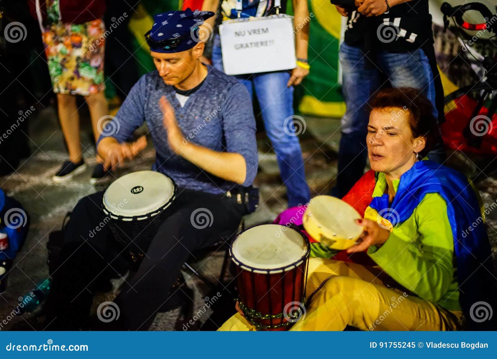 有鼓的,布加勒斯特,罗马尼亚抗议者
