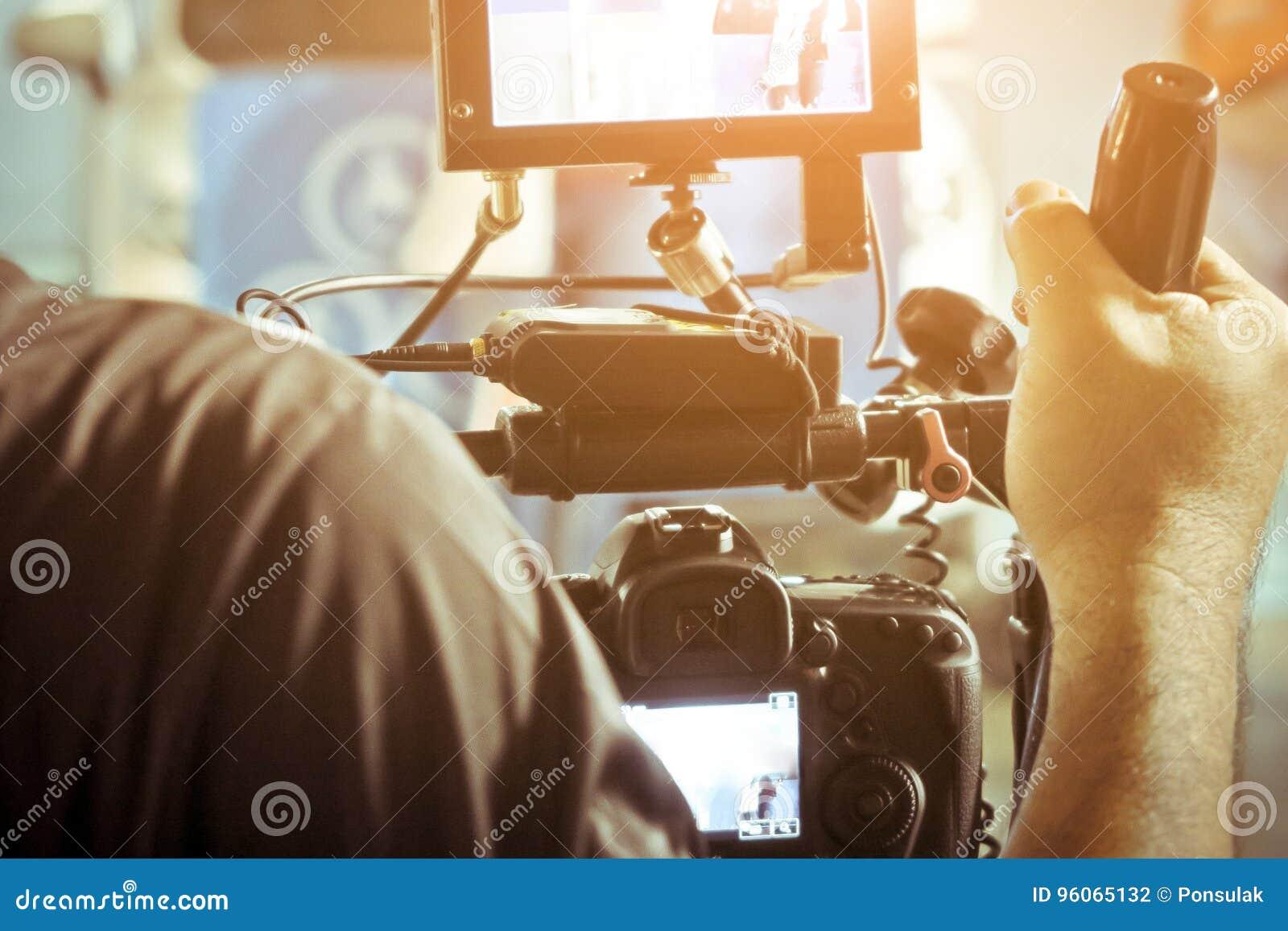 有他的摄象机射击的摄影师
