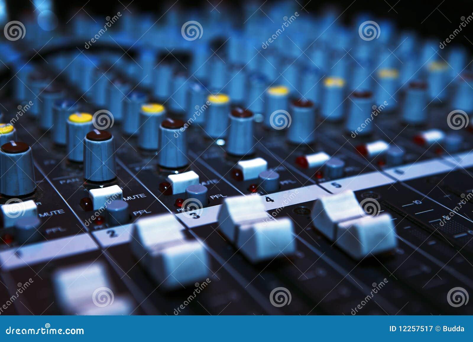 服务台搅拌机音乐
