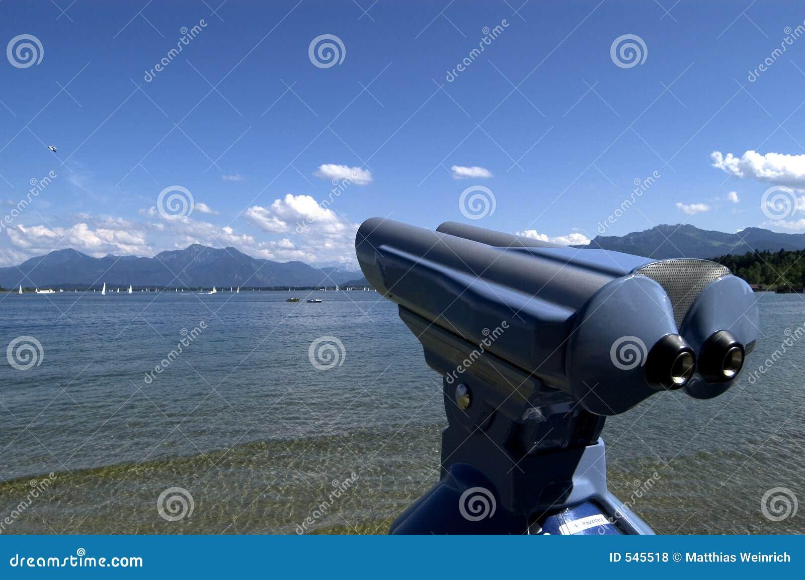 Download 望远镜 库存照片. 图片 包括有 淫秽, 多云, 全景, 海洋, 横向, 远景, 德语, 本质, 预留, 修改 - 545518