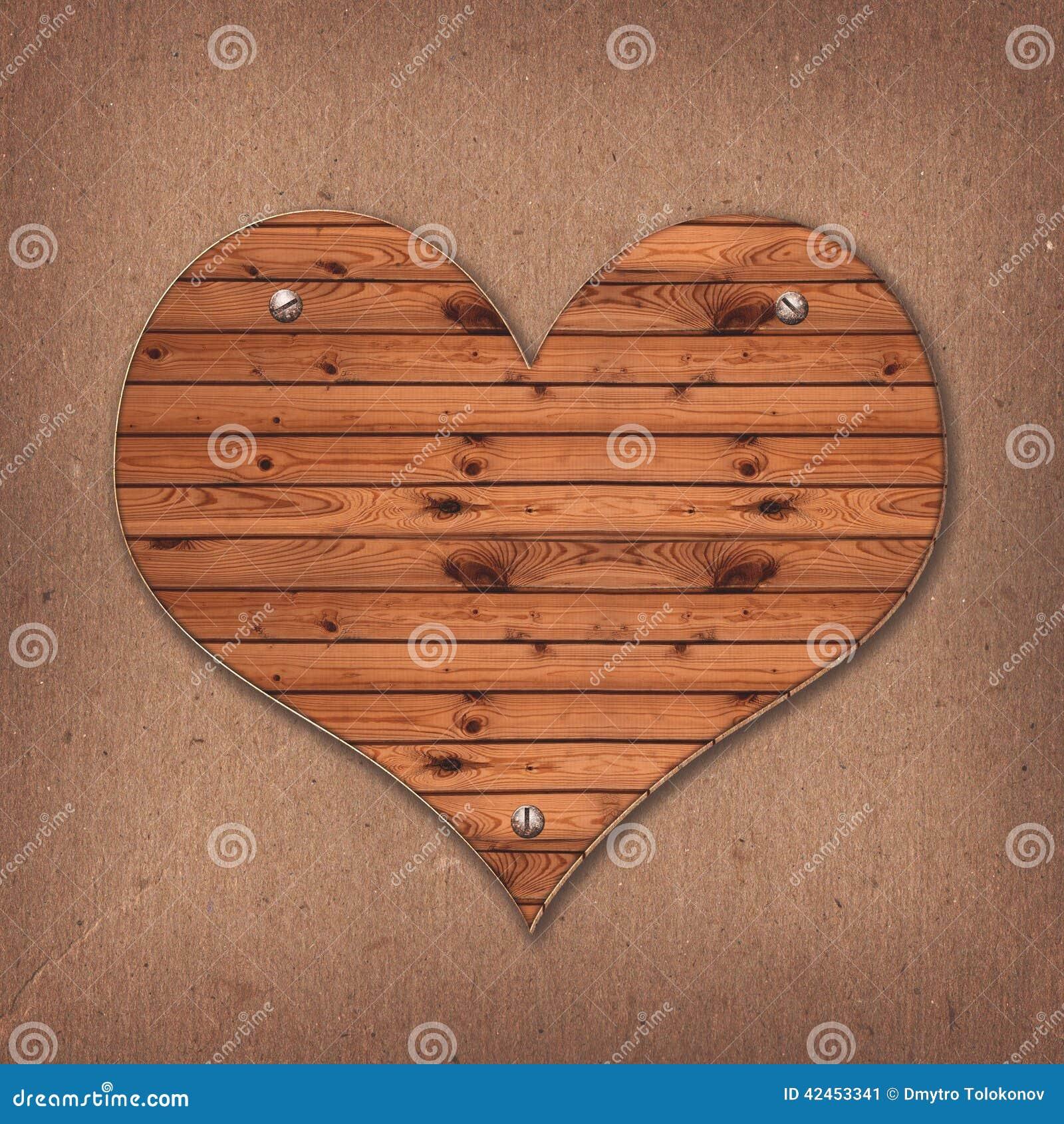 从木书桌的心脏形状