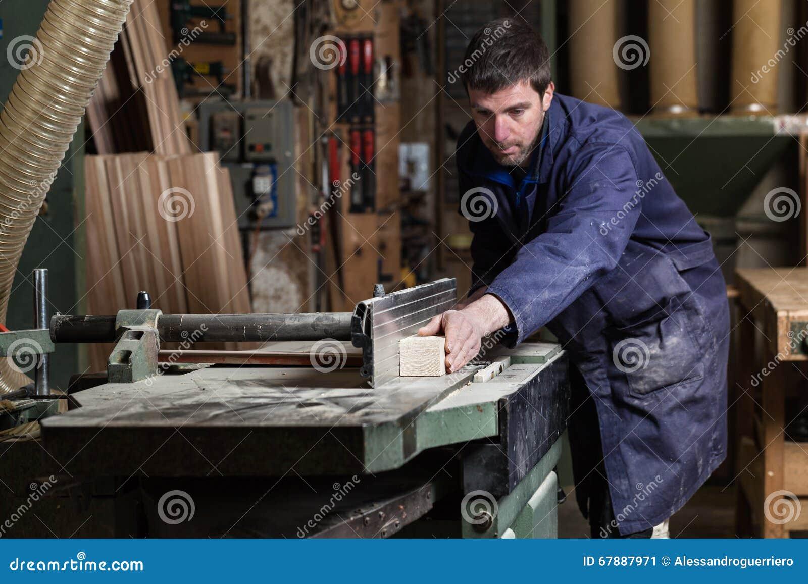 木匠人与tablesaw的切口木头