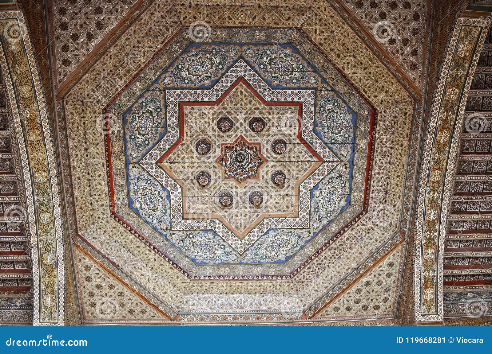 木天花板的巴伊亚宫殿几何装饰