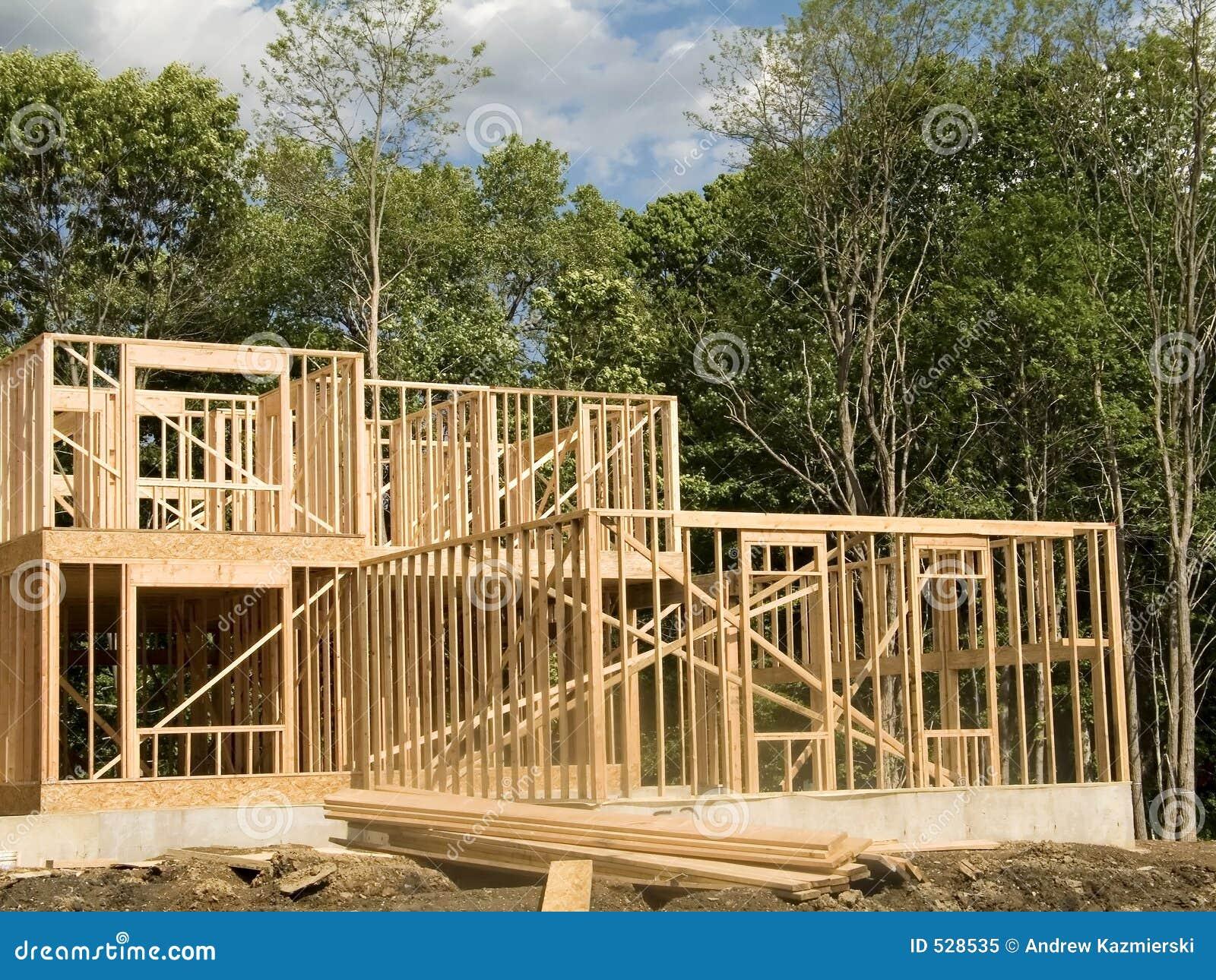 Download 木屋 库存图片. 图片 包括有 房子, 批次, 木匠业, 地产, 结构树, 梦想, 庄园, 实际, 框架, 积累 - 528535