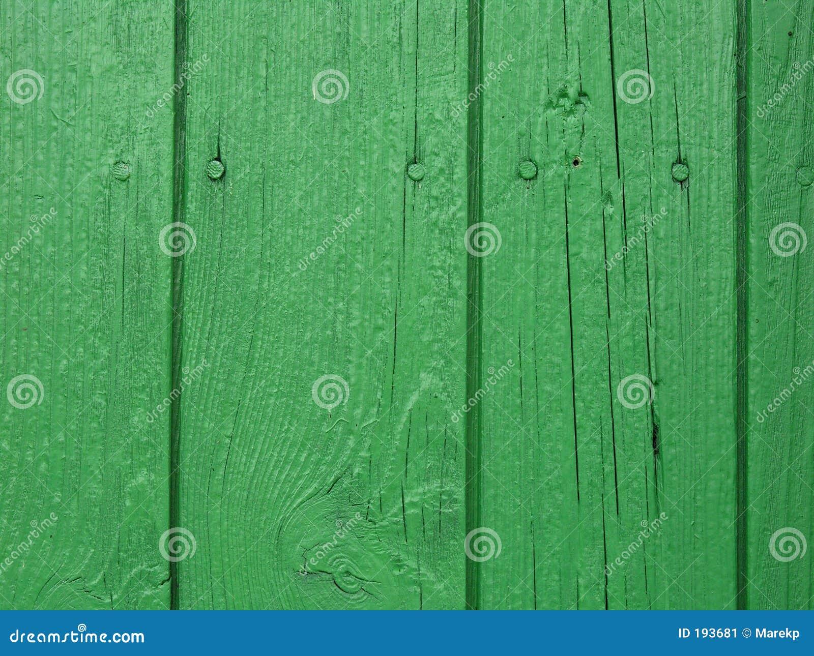 木绿色的墙壁