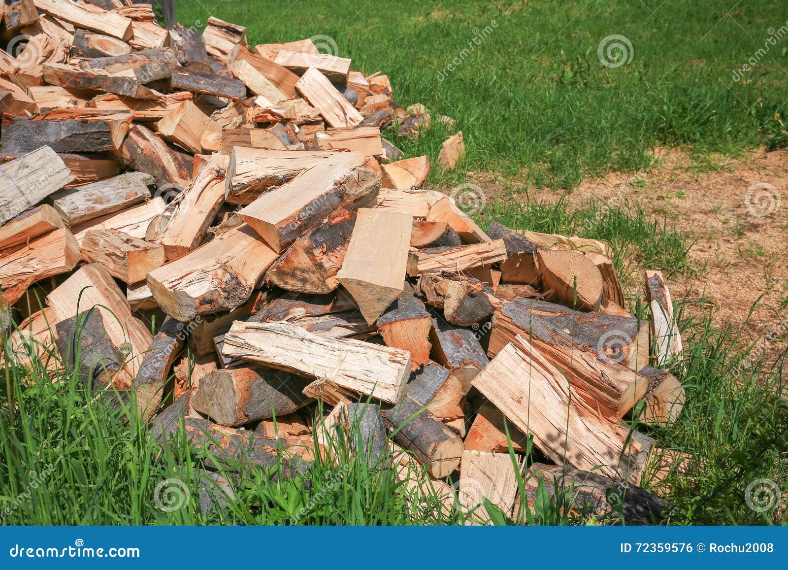 木柴的看法在夏日