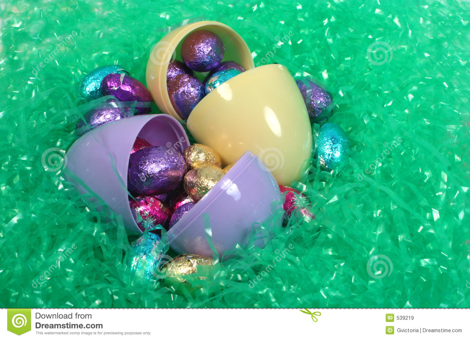 Download 朱古力蛋 库存图片. 图片 包括有 鸡蛋, 玩具, 有叶形装饰, 颜色, 传统, 装饰品, 装饰, 款待, 换行 - 539219