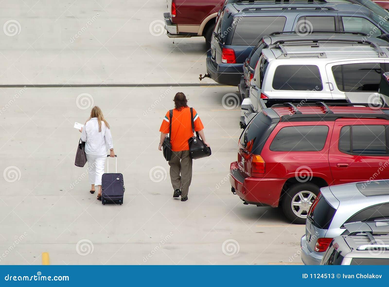 机场处理的乘客