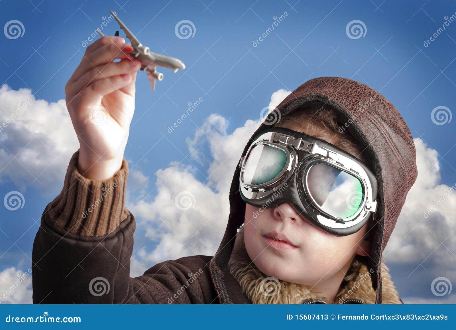 机场背景男孩帽子飞行员使用