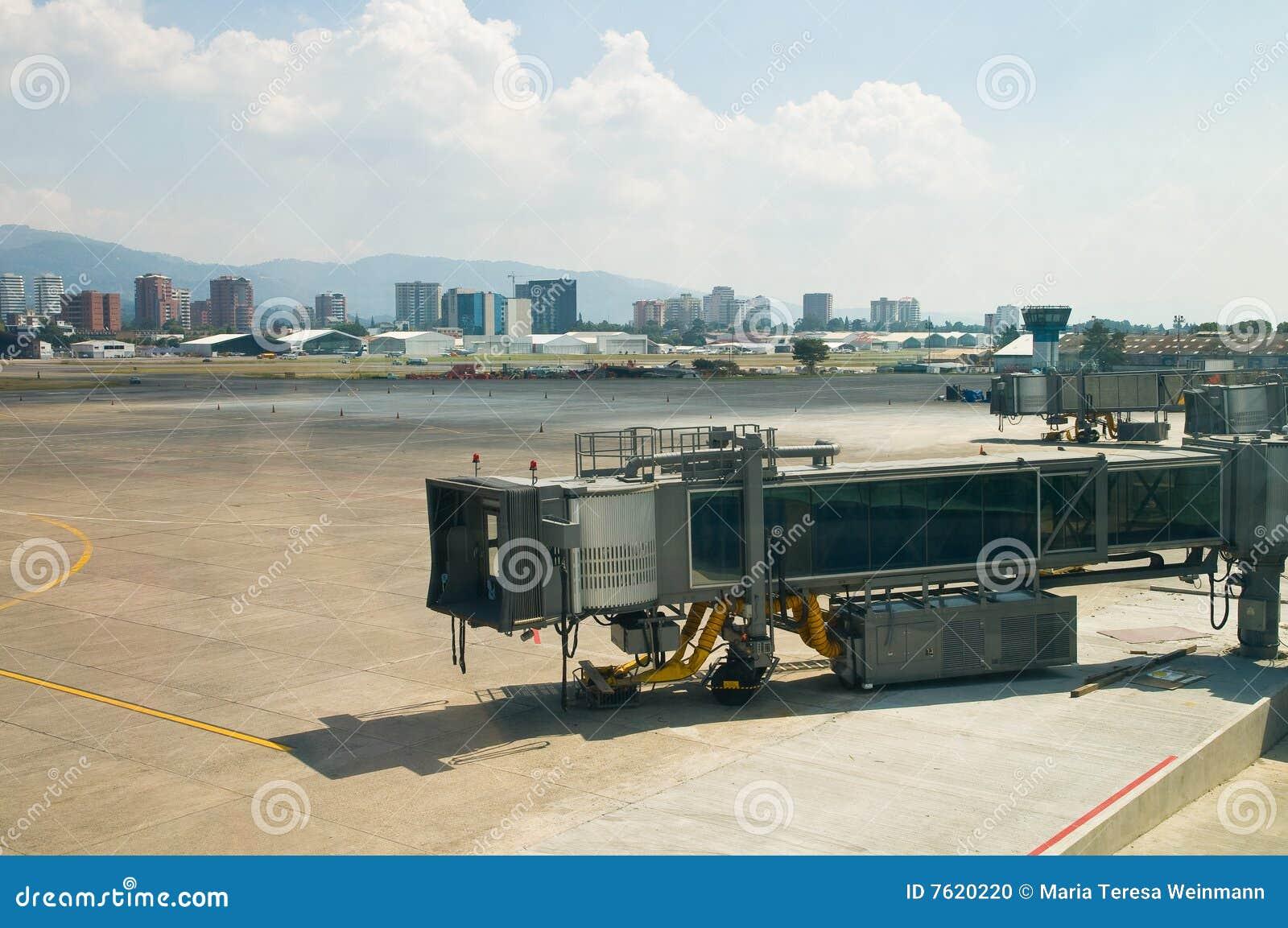 机场dockingstation