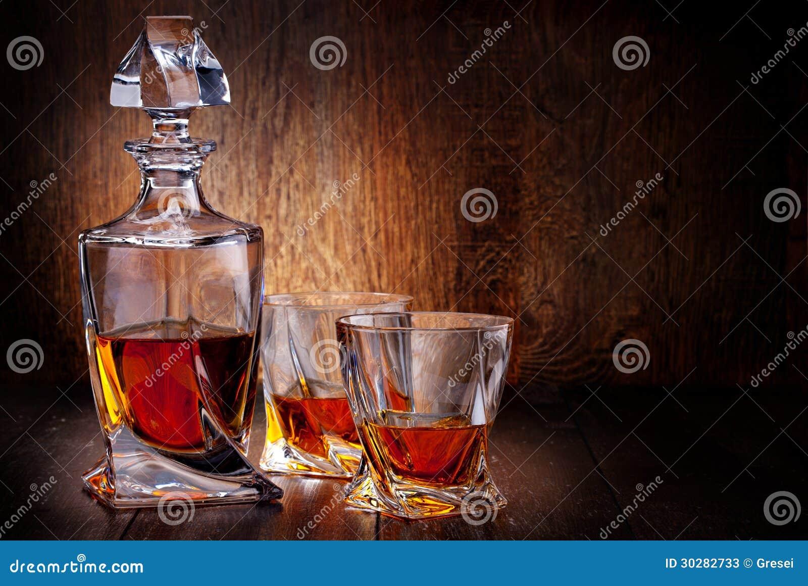 杯苏格兰威士忌酒