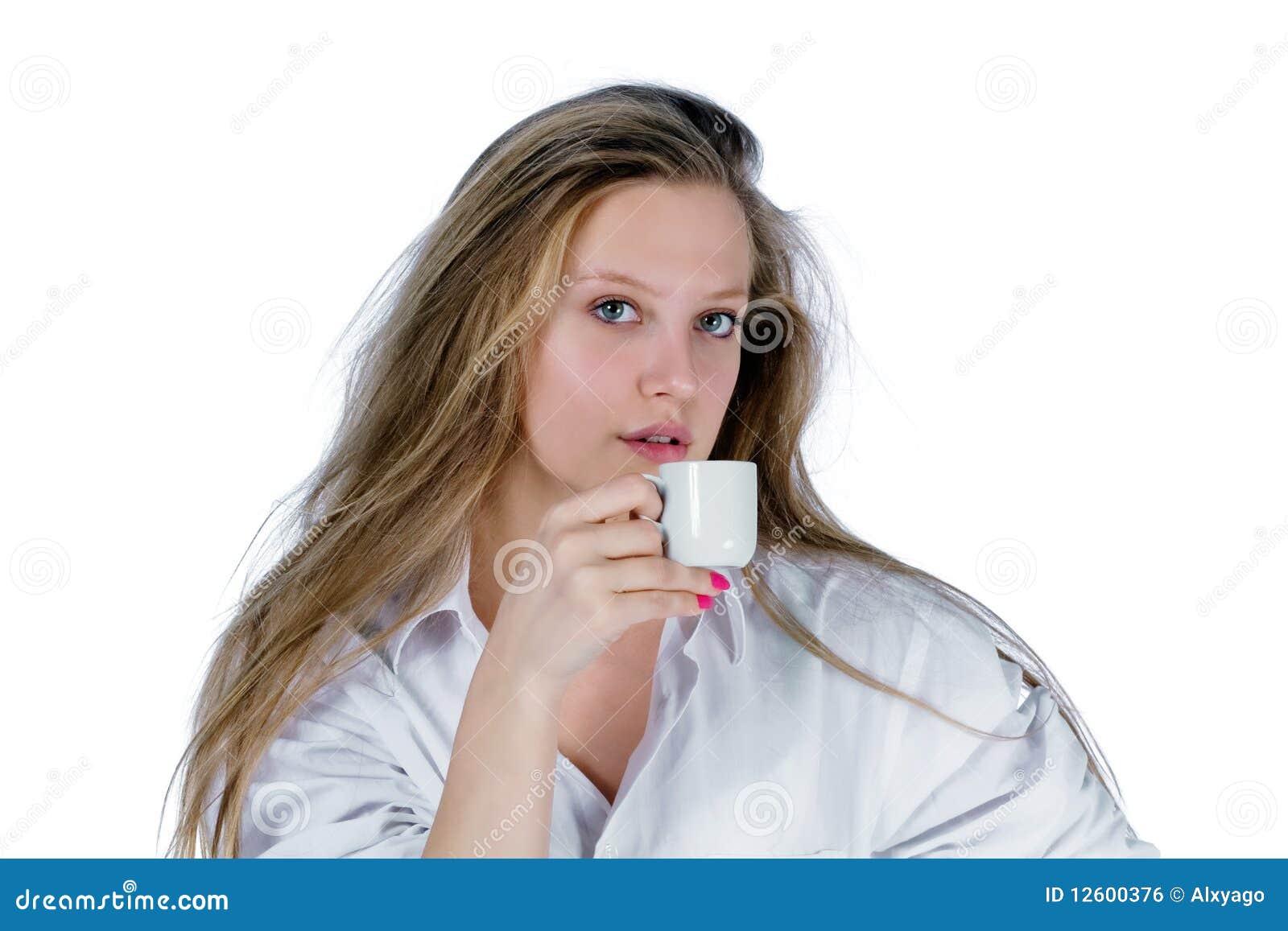 杯子妇女年轻人