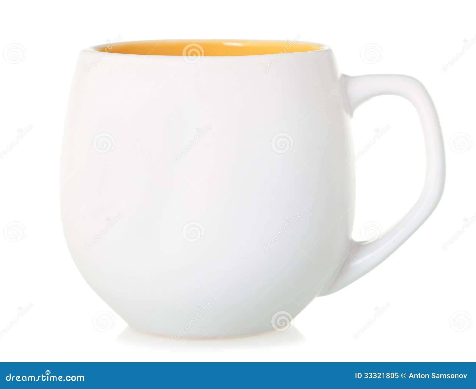 有一个黄色底部的白色杯子在白色背景,被隔绝.