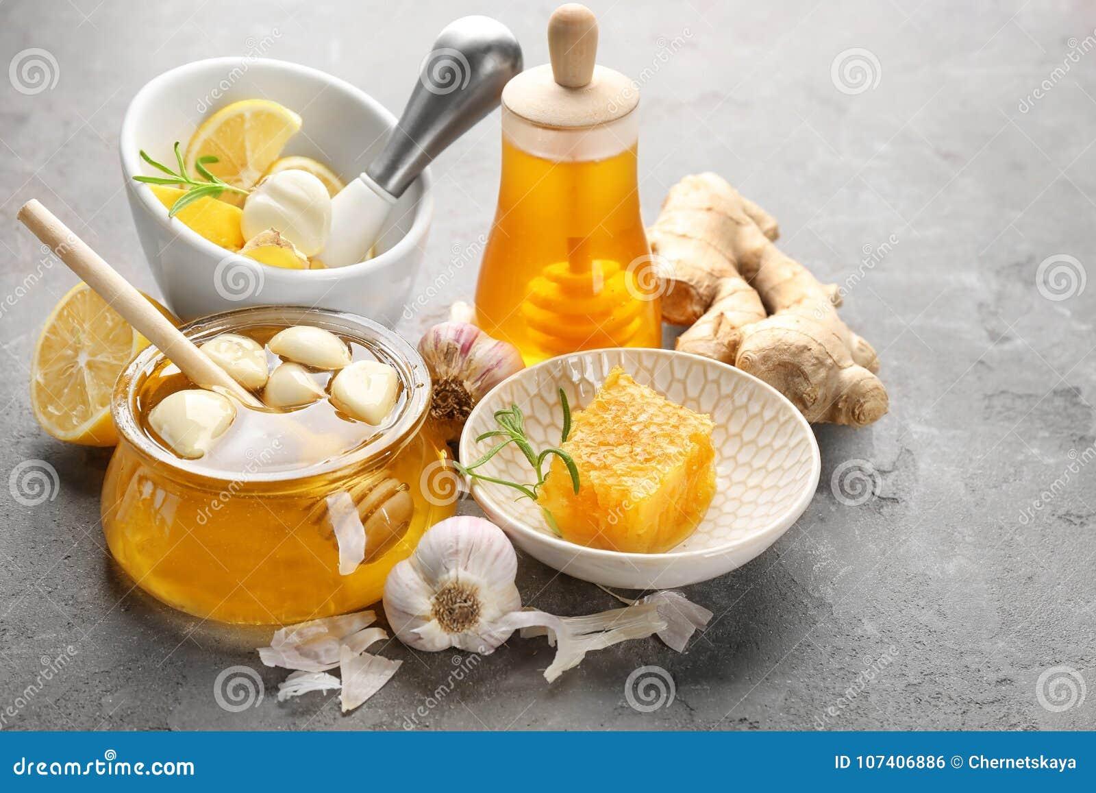 构成用蜂蜜和大蒜