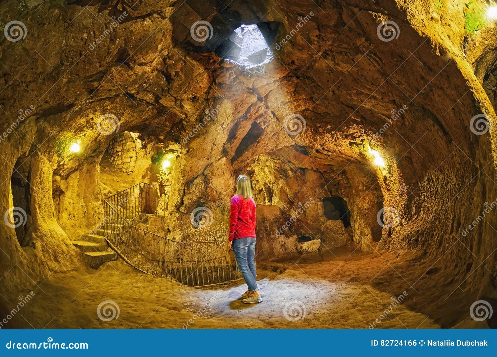 代林库尤洞地下城市,卡帕多细亚