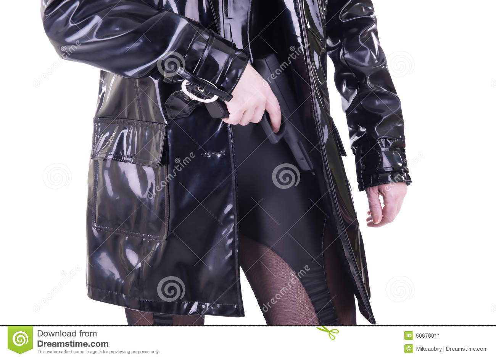 Download 枪性感的妇女 库存图片. 图片 包括有 间谍, 白种人, 刺杀, 手枪, 束腰, 投反对票, 英雄, 雨衣 - 50676011
