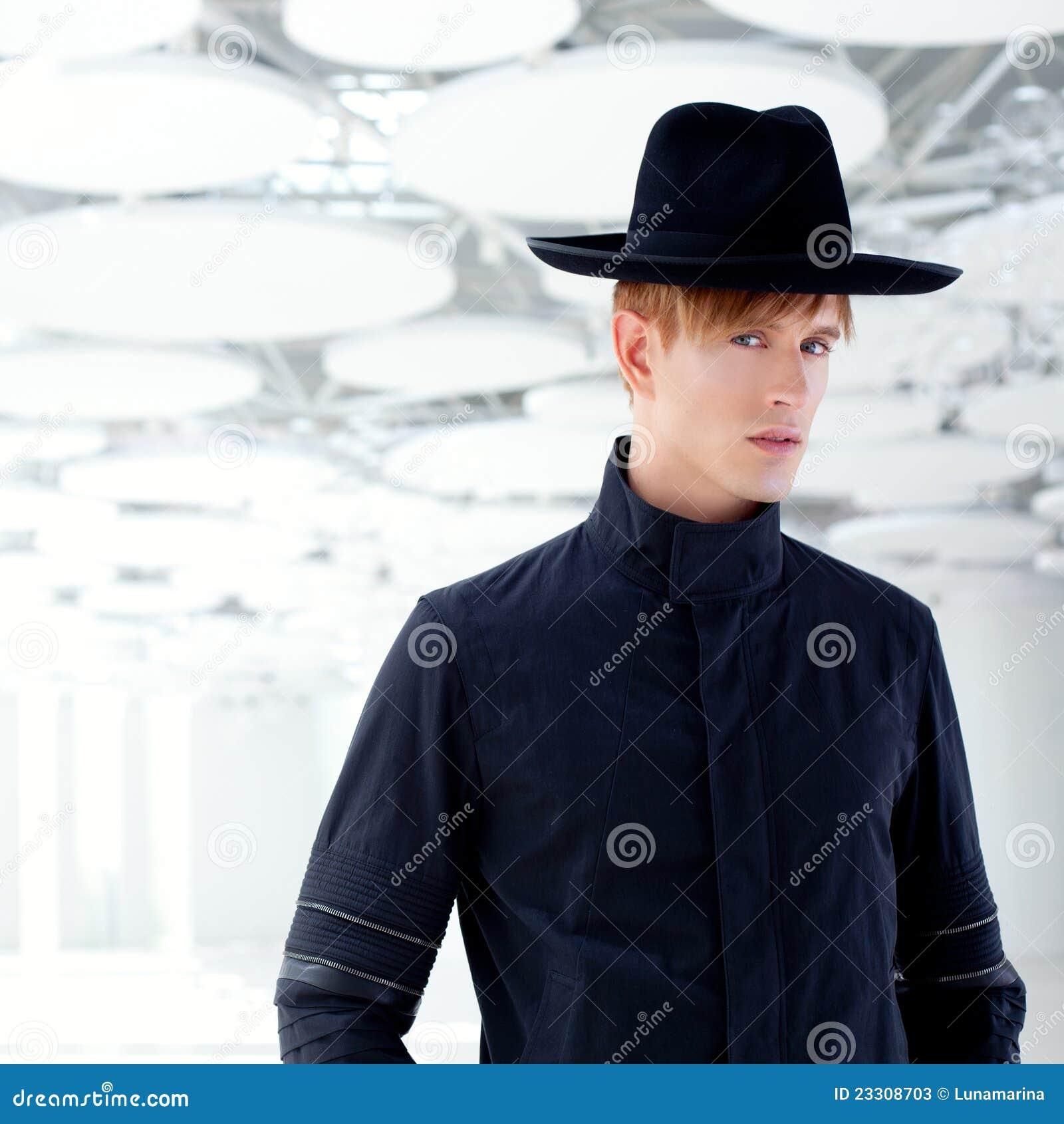 染黑有帽子的更西方现代方式人