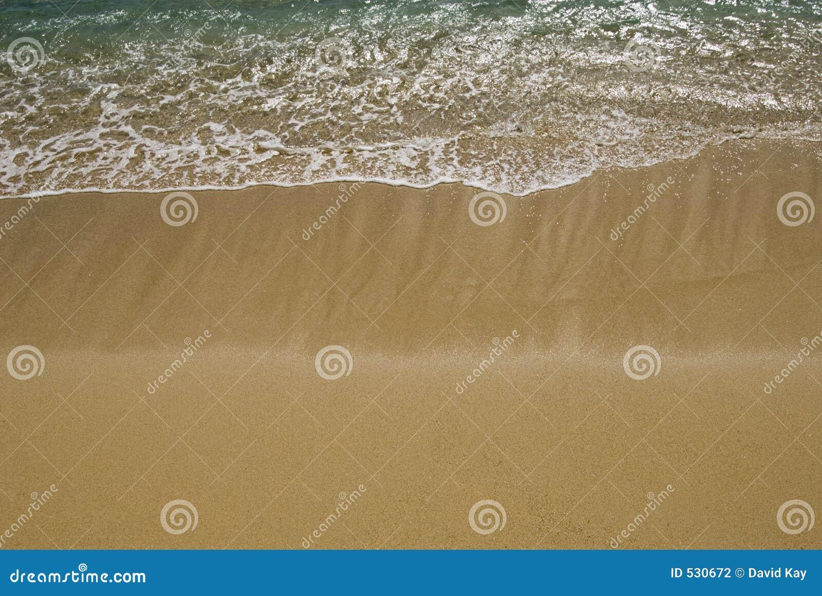 Download 柔和的海浪 库存照片. 图片 包括有 温暖, 亚马逊, beauvoir, 海洋, 通知, 移动, 颜色, 状态 - 530672