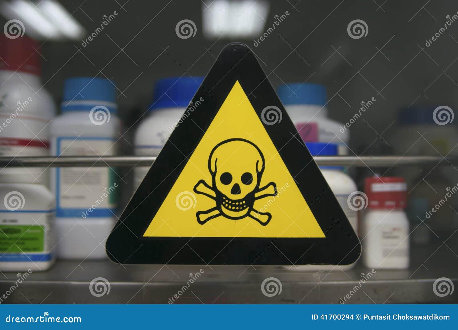 标签含毒物化学制品