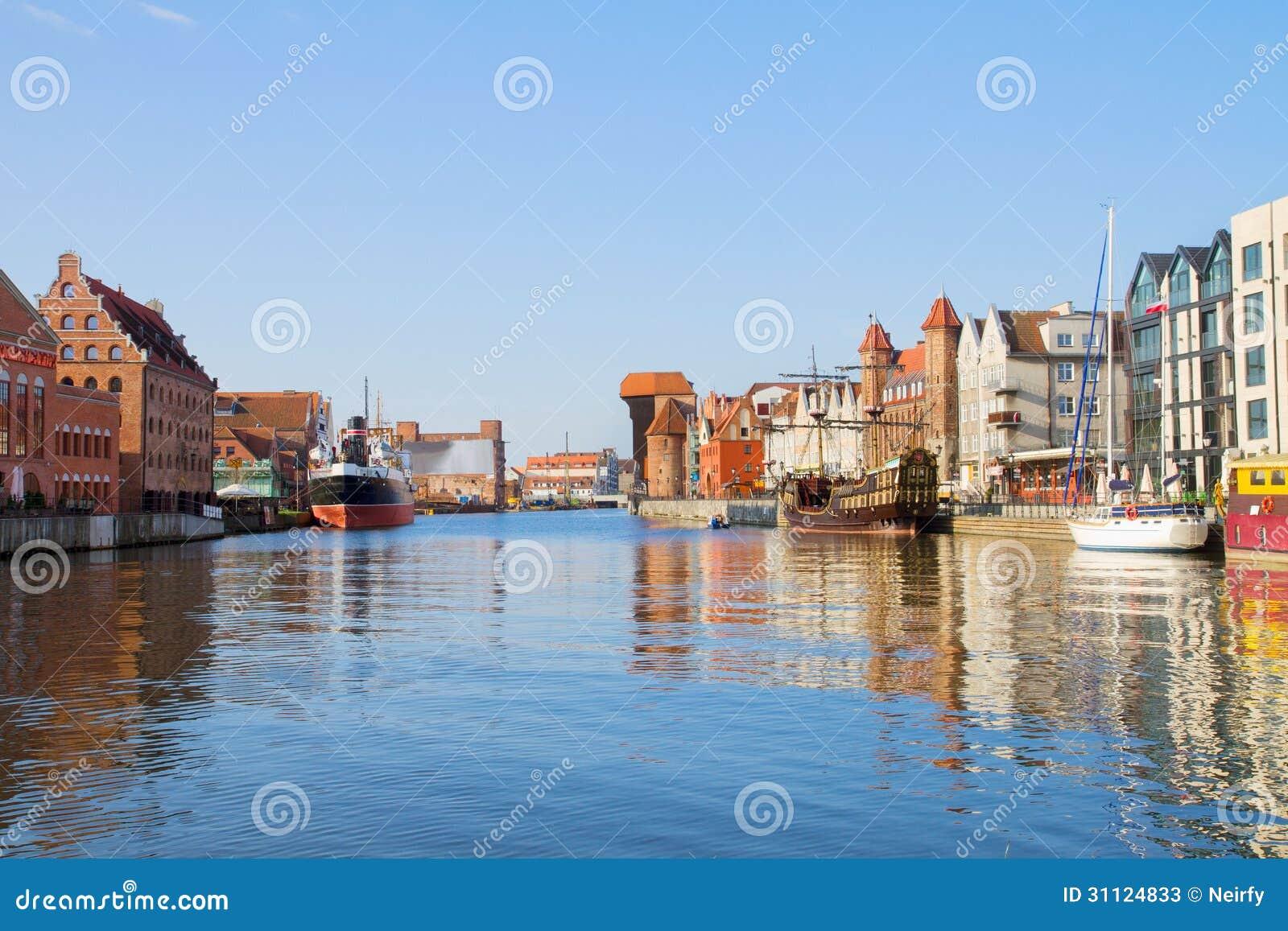 格但斯克小游艇船坞在老镇,波兰.