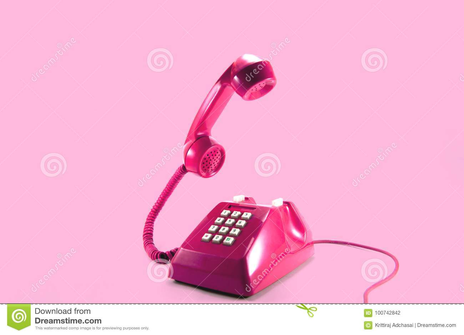 桃红色电话