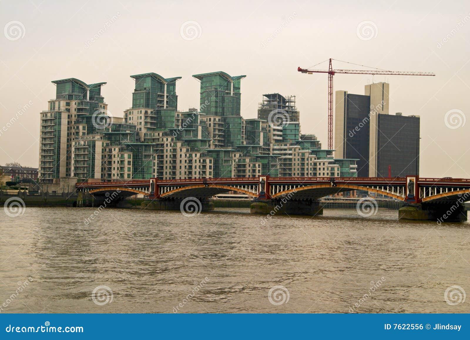 桥梁伦敦河泰晤士vauxhall
