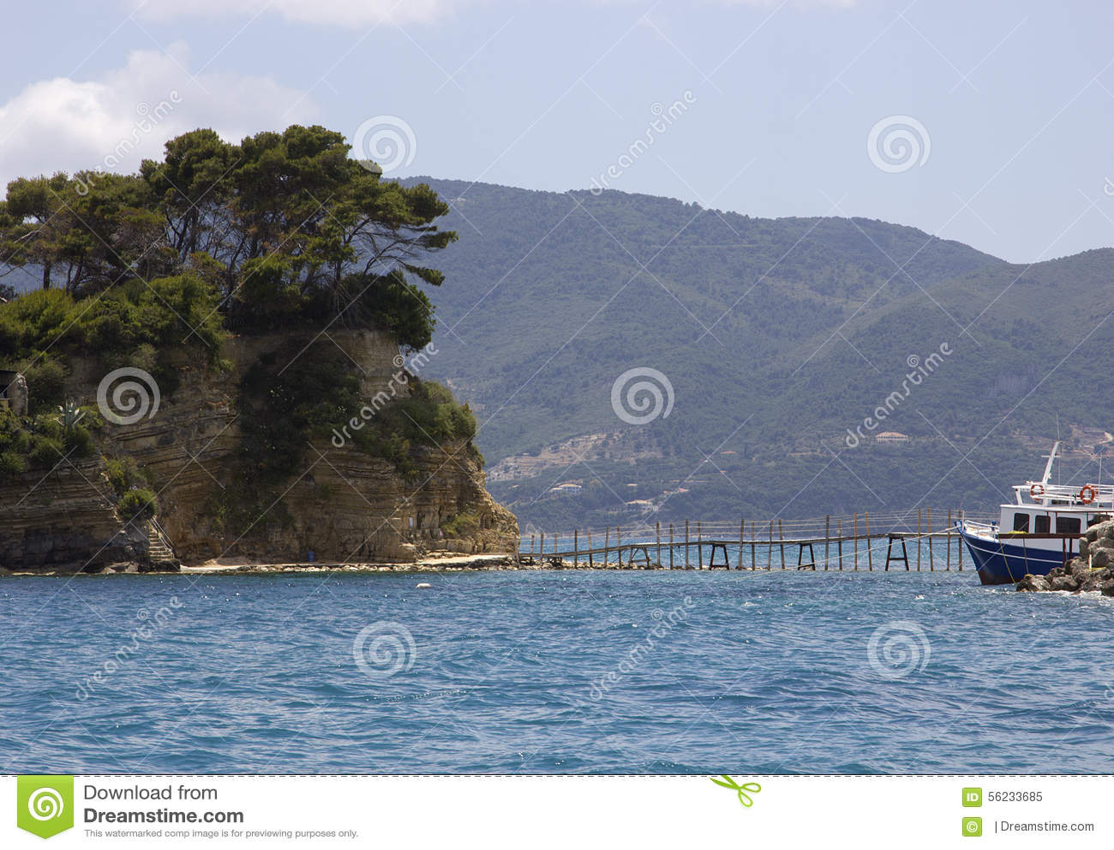 桥梁到有浮雕的贝壳海岛, Laganas海湾, Zakinthos,希腊