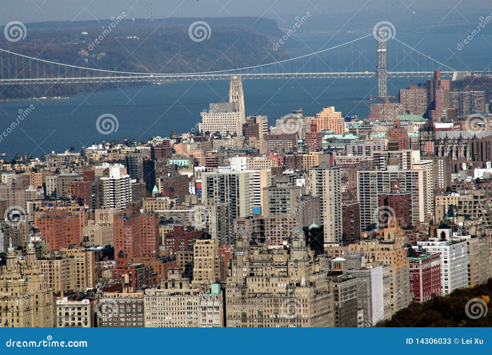 桥梁geo nyc端西方上面的华盛顿