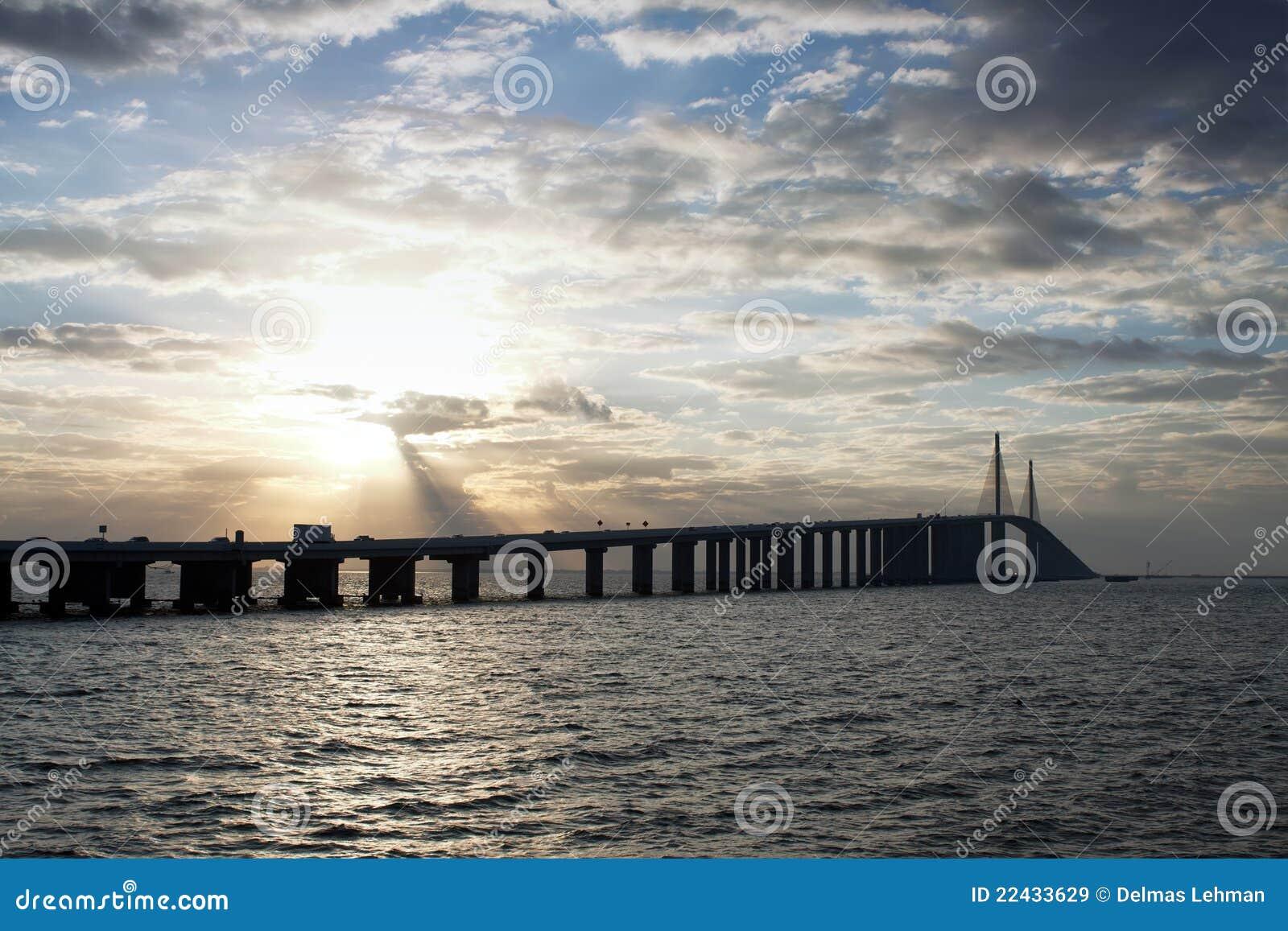 桥梁skyway阳光