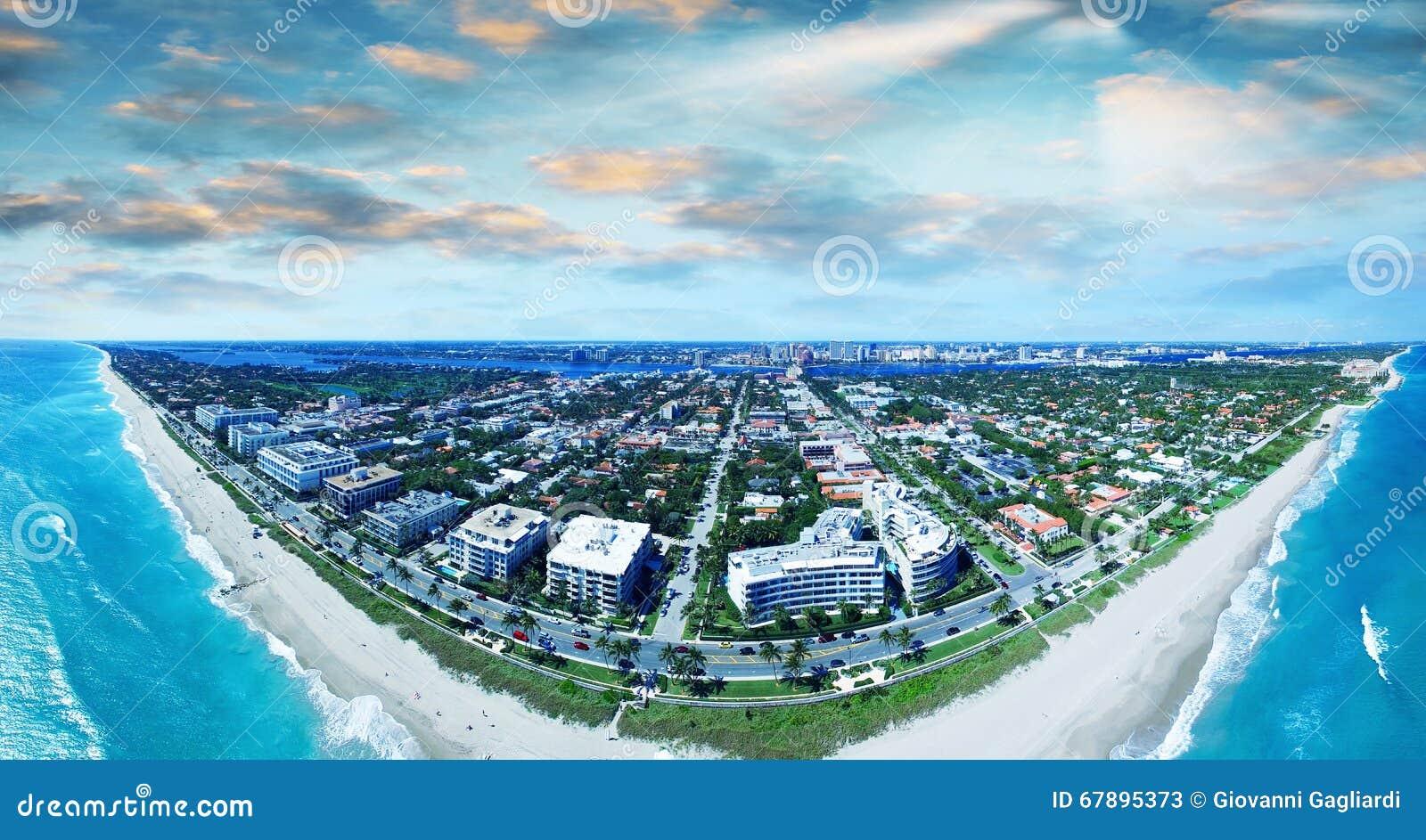棕榈滩鸟瞰图,佛罗里达美妙的海岸