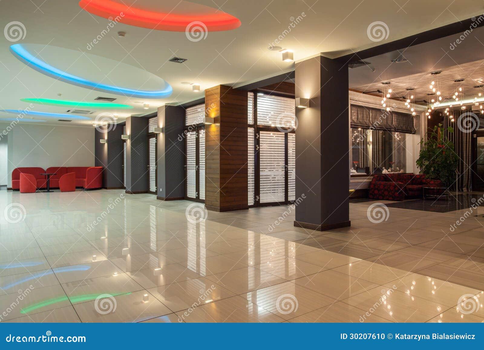 森林地旅馆-大厅