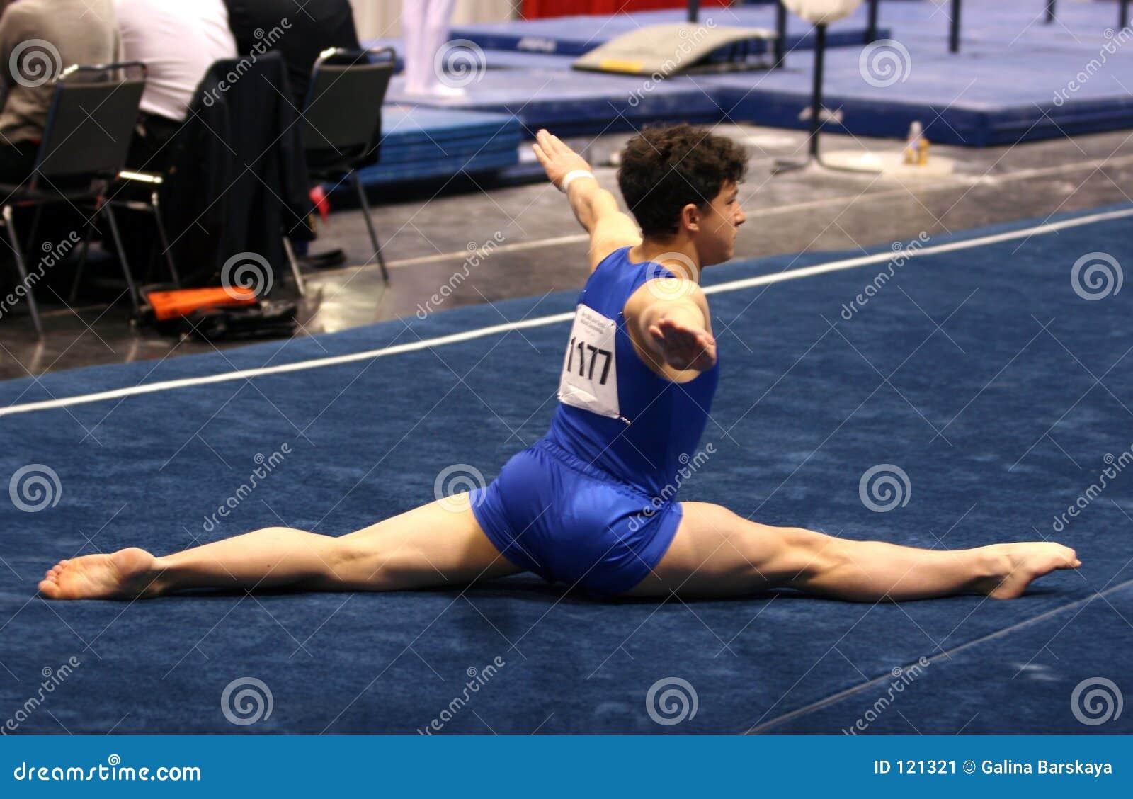 楼层体操运动员