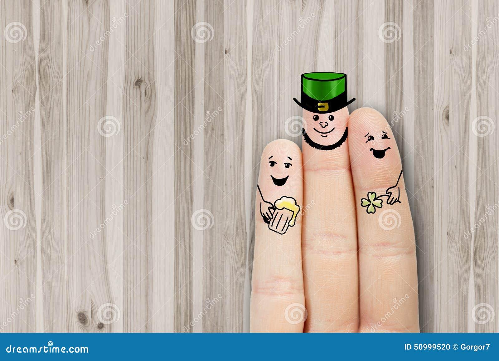 概念性手指艺术 朋友是拥抱和喝啤酒