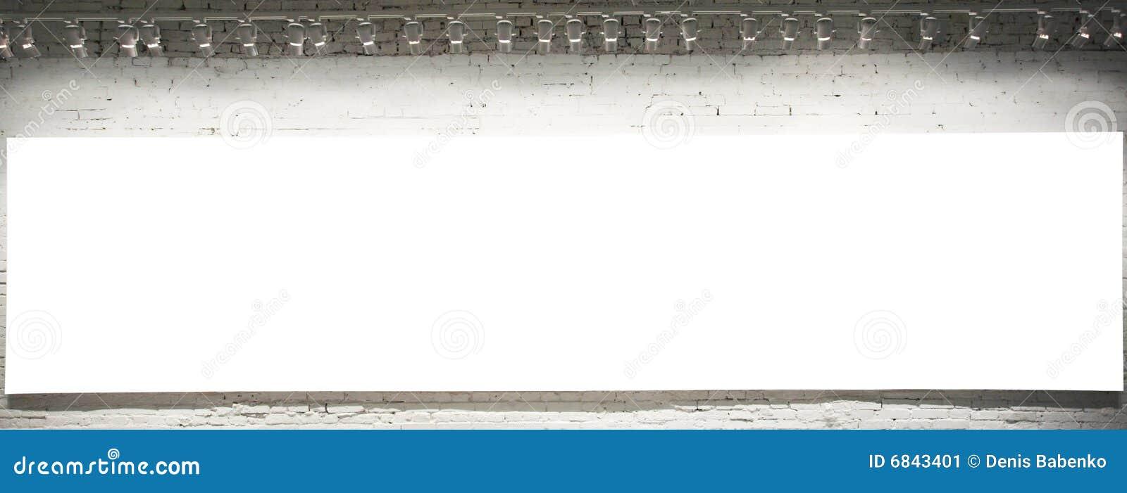 横幅空的墙壁白色