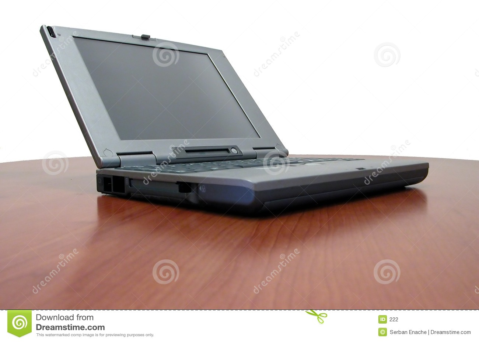 Download 樱桃服务台膝上型计算机 库存照片. 图片 包括有 办公室, 分析, 次幂, 计算器, 兼容, 通信, 微型, 桃花心木 - 222