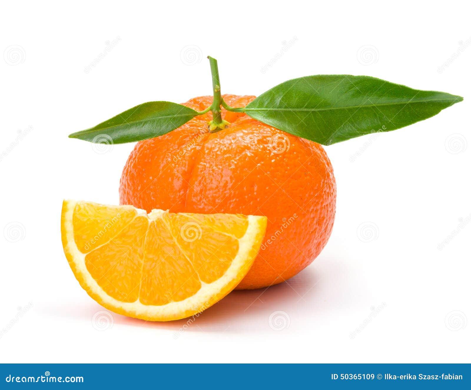 橙色丝毫切片和叶子